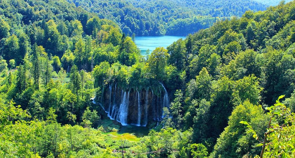 Park Narodowy Jezior Plitwickich - jeden z wodospadów