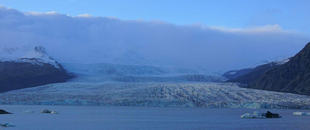widok na największy lodowiec Islandii Vatnajokull