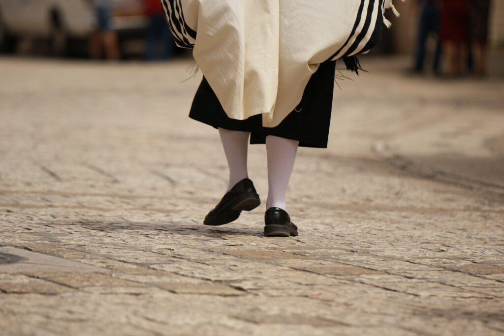 strój żydowski, Żyd w Mea Shearim