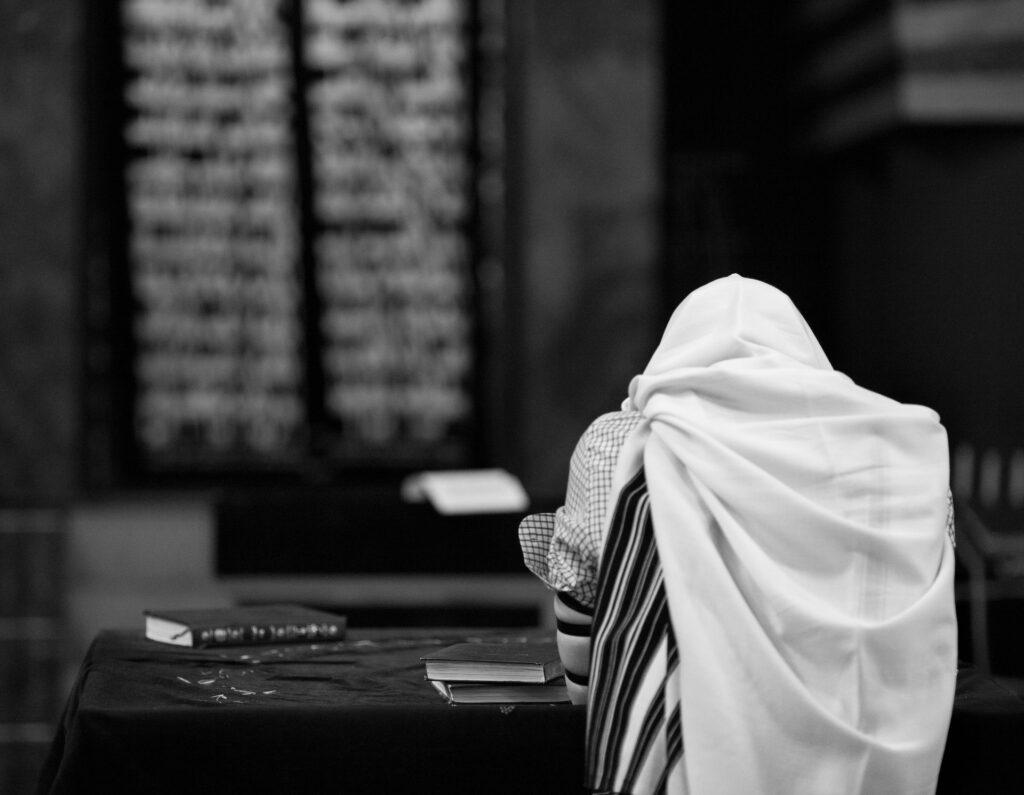 modlitwa Żyda, pobożność, ortodoksyjny Żyd w Mea Shearim