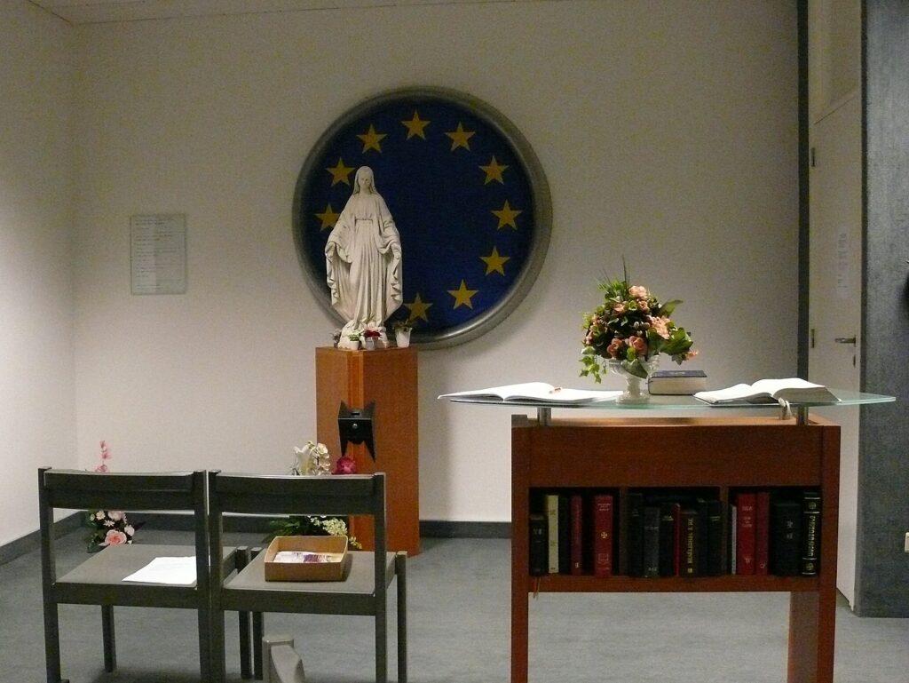 Kaplice lotniskowe na świecie - kaplica katolicka na lotnisku w Brukseli